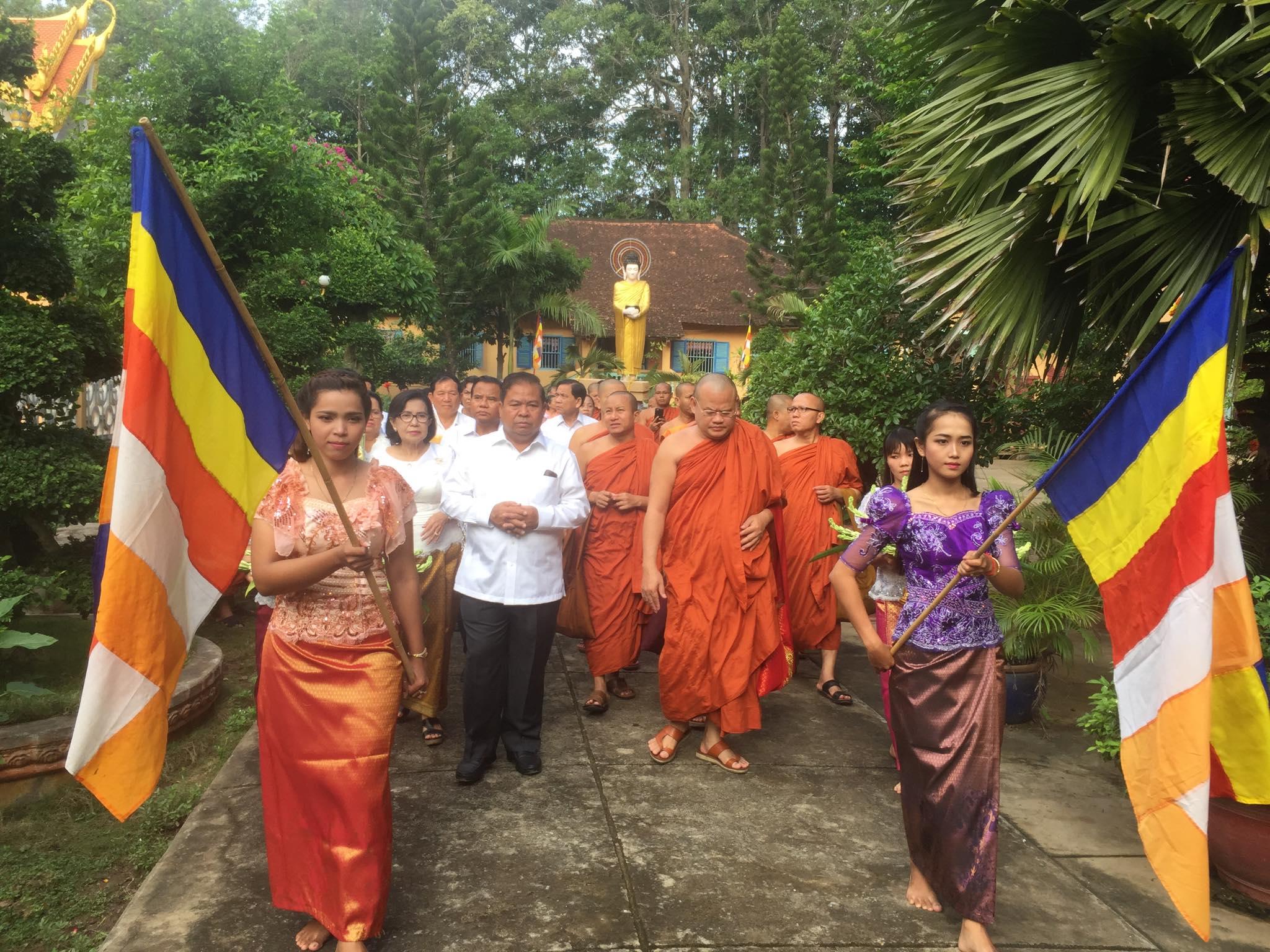 Cambodian delegation visit Kampuchea Krom_6