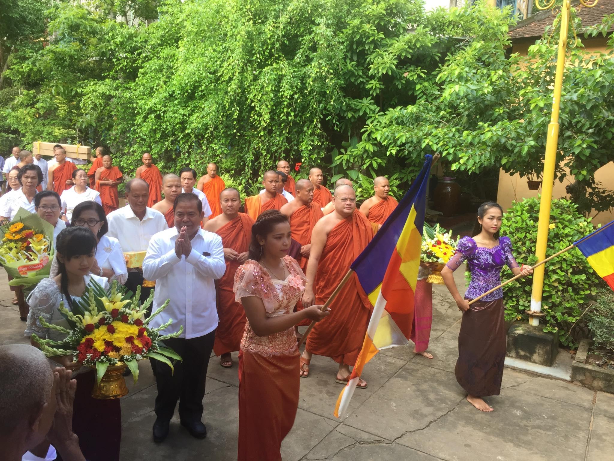 Cambodian delegation visit Kampuchea Krom_7